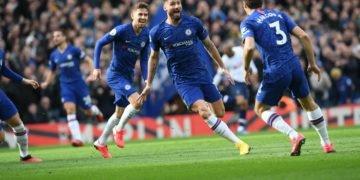 Olivier Giroud celebrates after scoring
