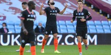 Giroud celebrates after scoring against Villa
